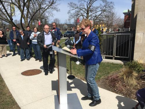 Marion calling on Keith Riel